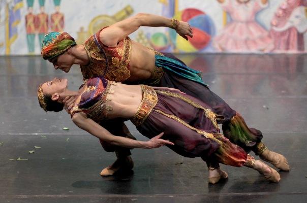14-moscow-ballets-sergey-chumakov-and-elena-petrichenko-1