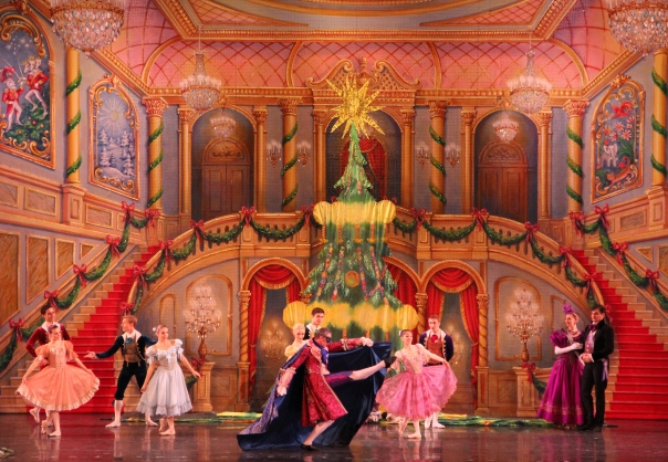 2-moscow-ballet-great-russian-nutcracker-set-designed-by-carl-sprague